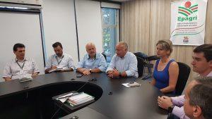 Secretário da Agricultura faz primeira reunião com dirigentes da Epagri