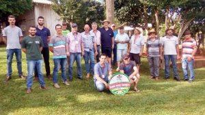 Lajeado Grande realiza dia de campo sobre produção de leite