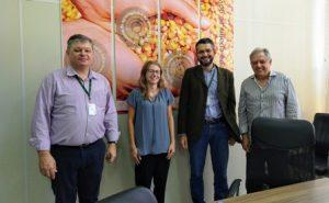 Read more about the article Economista do Departamento de Agricultura dos EUA conhece o mercado de carnes de SC