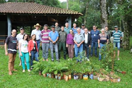 Educação ambiental promove restauração das matas ciliares em São Miguel do Oeste